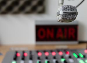MEC AM, primeira emissora de rádio do Brasil, precisa continuar viva!