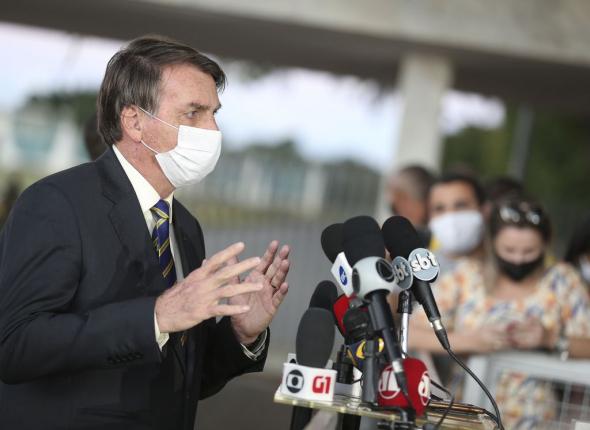 Juíza reconhece ataques de Bolsonaro à imprensa e aos jornalistas, mas indefere liminar