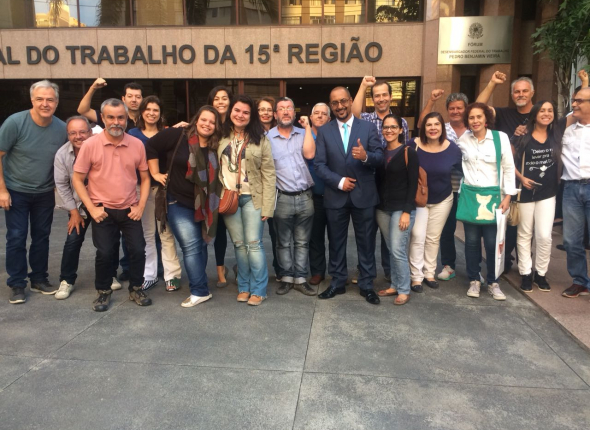 Greve de jornalistas da RAC termina após quase 8 meses de luta