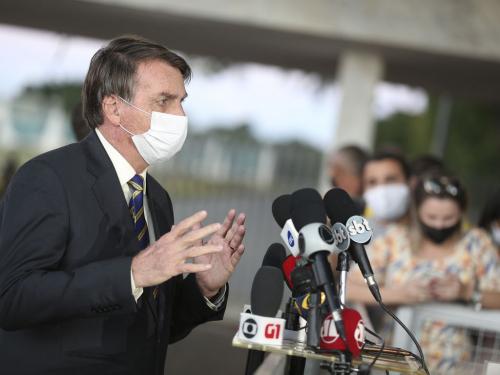 Bolsonaro concede entrevista aos jornalistas e à imprensa na rampa do Palácio do Planalto, em Brasília / Foto: Marcelo Casal Jr - Ag. Brasil