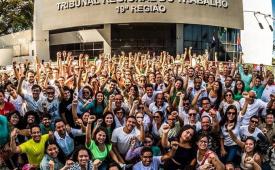 Greve dos Jornalistas de Alagoas consegue vitória e mantém piso