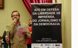 No Ato em Defesa da Liberdade de Imprensa, do Jornalismo e da Democracia, Sindicato denuncia os ataques promovidos à imprensa pelo governo