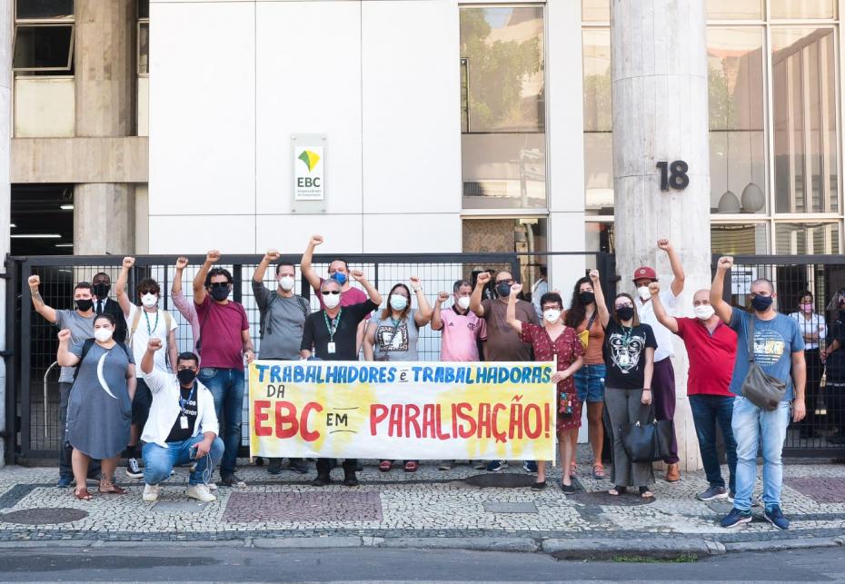 Sindicato do Município do Rio de Janeiro protestou em frente à EBC